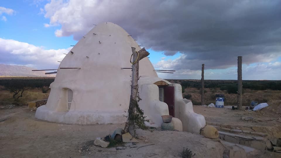 dome superadobe Tunisie L'ombre du palmier