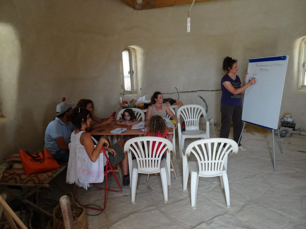 formation au centre de permaculture L'ombre du palmier